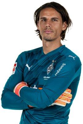 32-år gammel 183 cm høy Yann Sommer i 2021